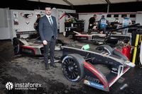 InstaForex - zvanični partner Dragon Racing-a
